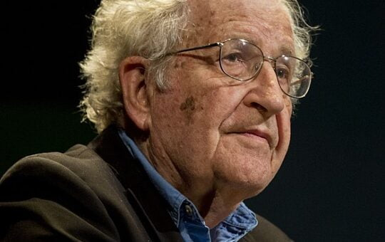 Noam_Chomsky_portrait_2015