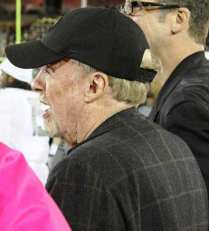 Phil Knight picture