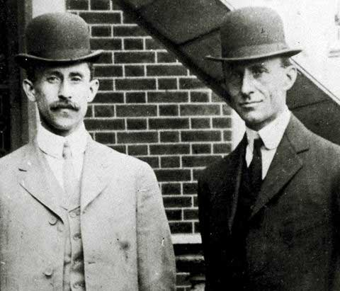 wright-brothers.-Orville_Wilbur_