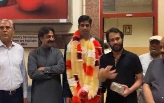 Waqar Zakka and Arshad Olympian