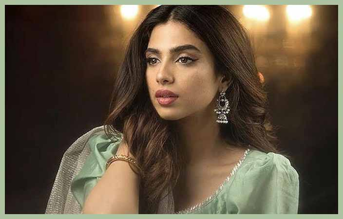 Actress-Sonia-Hussain
