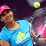 On the day of Pak-India match, Sania Mirza announced to stay away from social media.